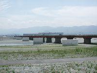 架け替え工事の進む浅原橋