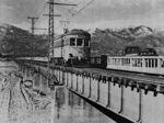 釜無川を渡る「ボロ電」